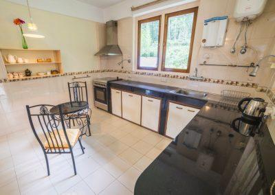 New_Emerald Apartment Kitchen DSC8857-HDR